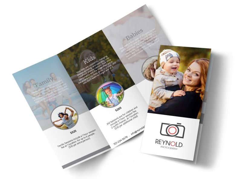 Reynolds Family Photography Tri Fold Brochure Template